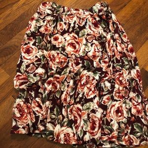 Floral midi skirt with pockets